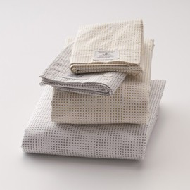 SchoolHouse - Dot Sheet Set