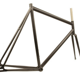 AFFINITY CYCLES - lo pro track frame (matte black)
