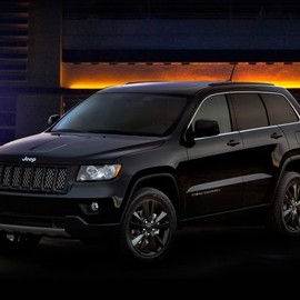 Jeep - Grand Cerokee ALL BLACK Edition