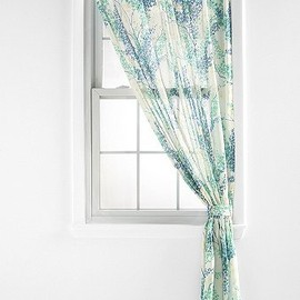 urban outfitters - Breezy Branch Curtain