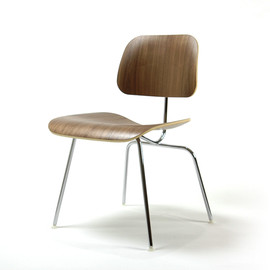 Herman Miller - Eames Plywood DCM Walnut