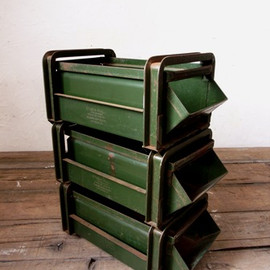 Military stack rack case