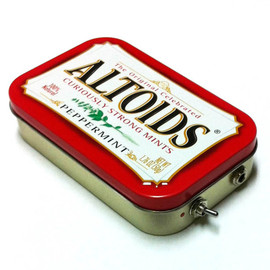 ampoids - Portable Altoids Amp and Speaker for iPhone MP3 Player -Red/Red