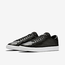NIKE X FRAGMENT DESIGN - ZOOM TENNIS CLASSIC AC BLACK