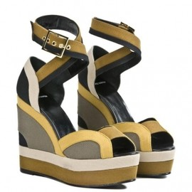 PIERRE HARDY - Multicolor sandals  \72,450(69000)