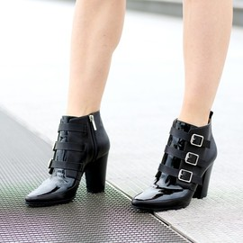 JIMMY CHOO - JIMMY CHOO Hutch Black Textured Leather and Patent Ankle Boots