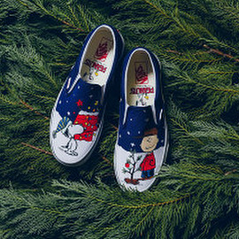 VANS - Slip-On - 'A Charlie Brown Christmas'