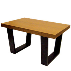LANDSCAPE PRODUCTS - SQUQRE LEGS TABLE TEAK