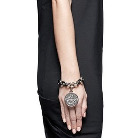 GIVENCHY - Small medallion chain bracelet