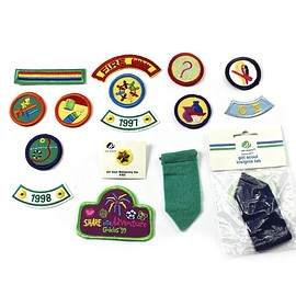 VINTAGE - Vintage 90s Girl Scout Lot (13 Patches) (1 Pin) (2 Insignia Tabs)