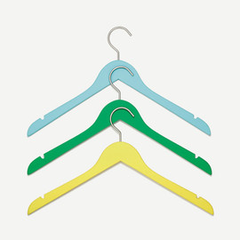 Well Considered / conran - SET OF 3 SOFT TOUCH HANGERS