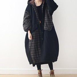 padded Long coat - Black hooded winter clothes, loose fitting padded Long coat, maternity clothes