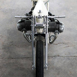 Rusty Factory - 'White Angel' BMW R75