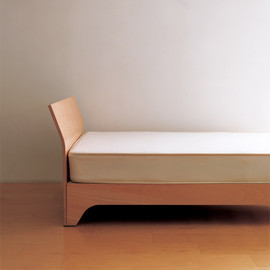 Muji, Sam Hecht - Plywood Bed