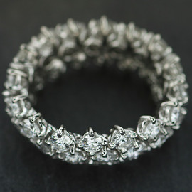 HARRY WINSTON - FLEXIBLE DIAMOND BAND RINGS