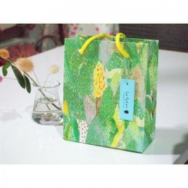 okubojunko products by PAPER MESSAGE - 紙袋 小 柄名「やま 緑」