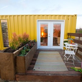 Container Homes - All Stars - HGTV show - Design Shipping Container Homes (4)