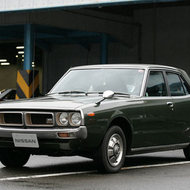 NISSAN - SKYLINE GC110