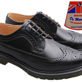 Dr.Martens - 3989 BROUGUE SHOE Black Made in England