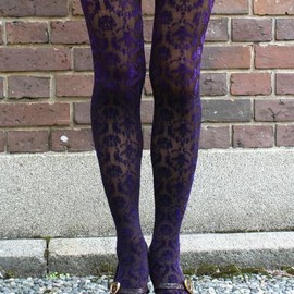Eine Lilie - Honeybee carpet Tights PUR