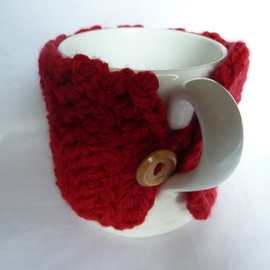 Luulla - crochet mug cosy red