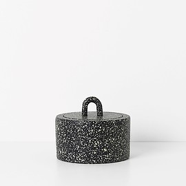 ferm LIVING - Buckle Jar / Spotted