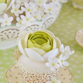 Cakes Haute Couture - green flower cake