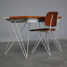 Coen de Vries - Pilastro desk & chair Holland 1956
