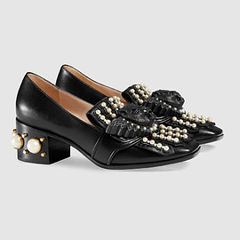 GUCCI - Gucci Leather studded mid-heel loafer Detail 2