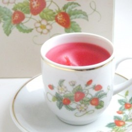 "AVON - 1970's AVON ""Strawberry Porcelain Tea Cup & Saucer"" Vintage Candle 【箱付きDEAD-STOCK♡】"