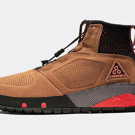 NIKE, Nike ACG - Ruckel Ridge - Light British Tan/Habanero Red/Black