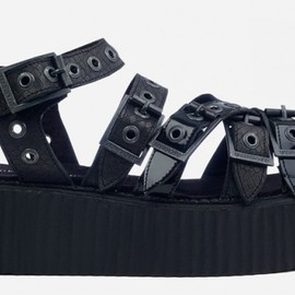 underground - Double Sole Black Snake and Black Patent Sandal