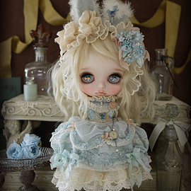 Blythe - adorable blue rabbit