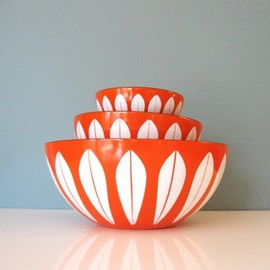 RabbitAndRally - Orange Cathrineholm Enamel Bowl Set