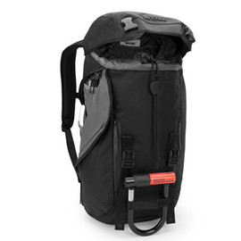 Incase - Courier Collection Messenger Backpack