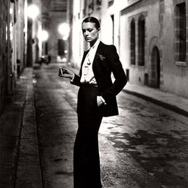 Yves Saint Laurent - Le Smoking Tuxedo