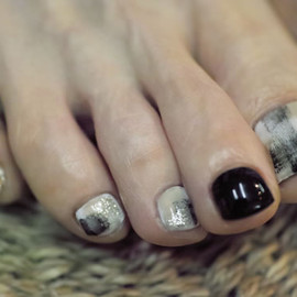 COMMON - contemporary nail + block nail