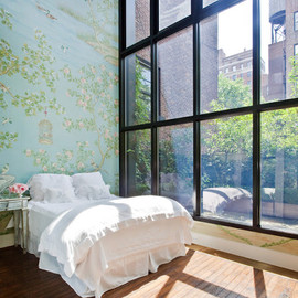 bedroom/windows with a view