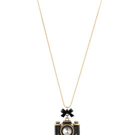BETSEY JOHNSON - Large Camera Pendant Long Necklace - Betsey Johnson