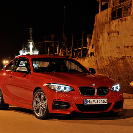 BMW - M235i Coupe