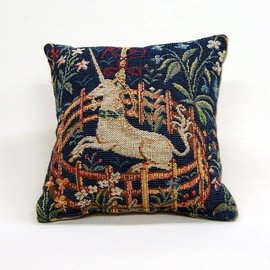 MAISON des MUSEES de FRANCE - Unicorn cushion