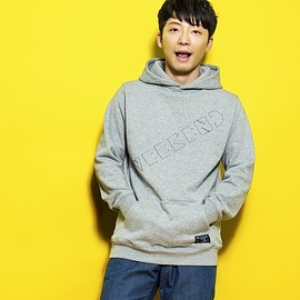 星野源 - YELLOW VOYAGE 「WEEKEND」 PARKA
