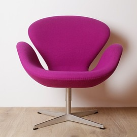 Fritz Hansen - Swan Chair by Arne Jacobsen