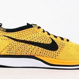 Nike - Flyknit Racer - Yellow/Black?