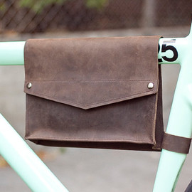 J RAWL DESIGN - Leather Bike Frame Bag - Chocolate Brown
