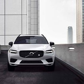 VOLVO - XC60 T8 Polestar Engineered