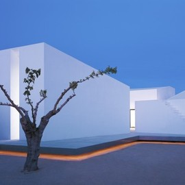 OAB - House 2 for a photographer, Tarragona, Spain
