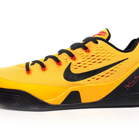 NIKE - KOBE IX EM 「LIMITED EDITION for SIGNATURE HEAT」