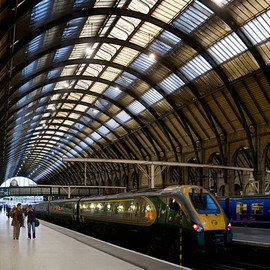 London - Kings Cross Station Platforms