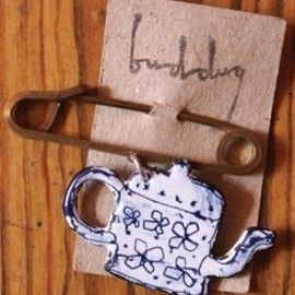 J & B THE SHOP LONDON - Teapot Pin
